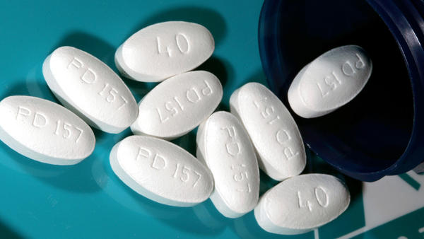 Lipitor, a best-seller as a cholesterol treatment, is being tested as a remedy for the flu.