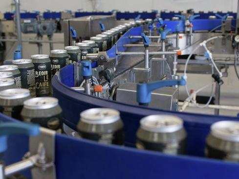 As breweries expand, some decide there is strength in numbers and team up with other companies to save money on equipment, raw materials, etc.