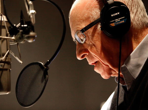 NPR's Carl Kasell delivers one of his last newscasts during <em>Morning Edition</em> on Dec. 30, 2009, in Washington, D.C.