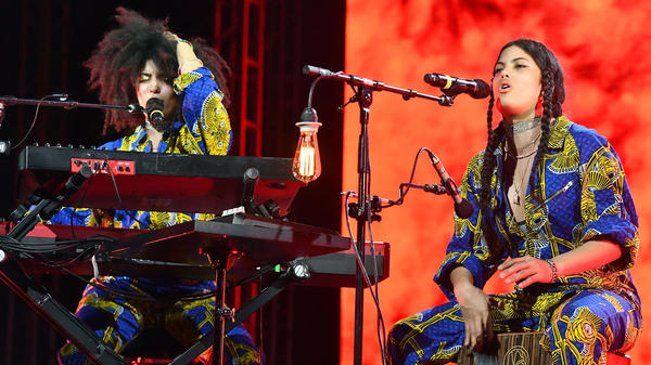 Singer Lisa-Kainde Diaz (L) and Naomi Diaz (R) of the band Ibeyi performs at Coachella Valley Music and Arts Festival on April 15, 2018 in Indio, Calif.