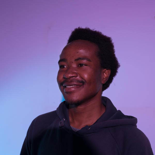 Kingsley Kaisi directed and starred in a film called <em>Hustle,</em> which follows a struggling street vendor from dawn to dusk.