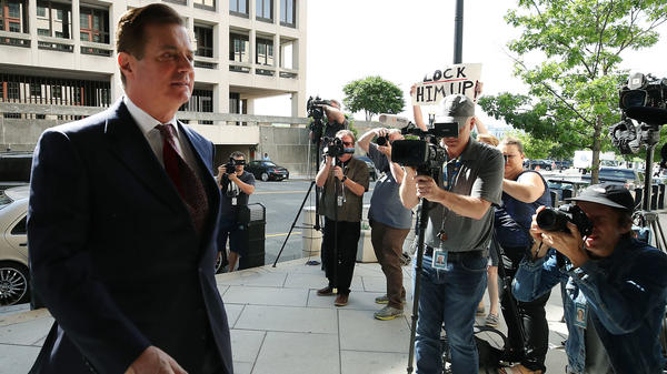 Former Trump campaign chairman Paul Manafort arrives at the federal courthouse in Washington, D.C., for a hearing in June.
