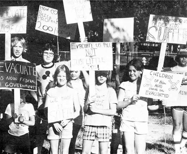 Children protest at Love Canal