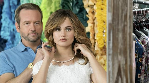 Dallas Roberts and Debby Ryan star in <em>Insatiable</em>, in which story elements are introduced and then abandoned; jokes fall flat, flatter, flattest; and characters change without any explanation or motive.