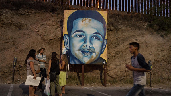 An appeals court has ruled in favor of the family of José Antonio Elena Rodríguez, who was shot on the Mexican side of the border at Nogales by an American agent who was on the U.S. side of the border.