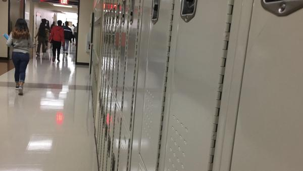 Students at Jacksonville's Lee High School switch classes.