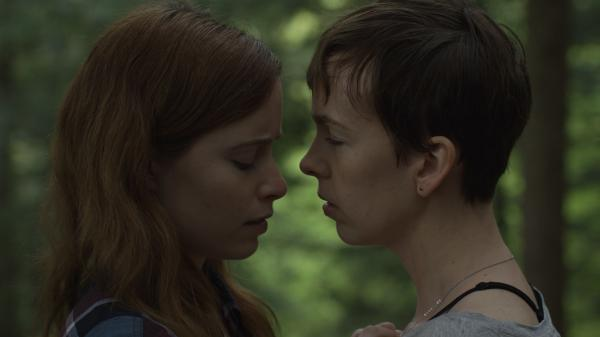 In<em> What Keeps You Alive</em>, Jackie (Hannah Emily Anderson) and Jules (Brittany Allen) head to a cabin in the woods and everything works out fine, because nothing bad ever happens in cabins in the woods.