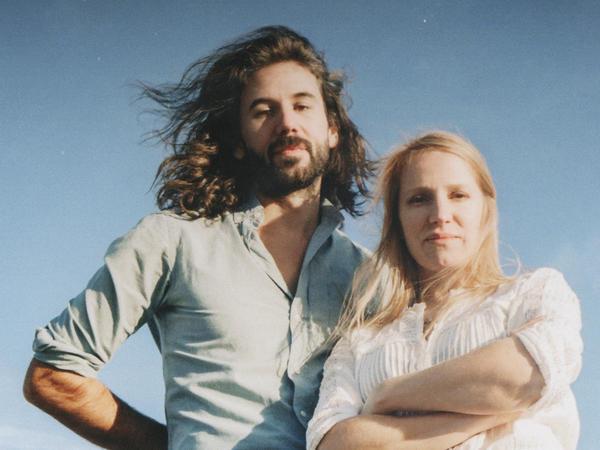 Steve Hassett and Zoe Randell of Luluc