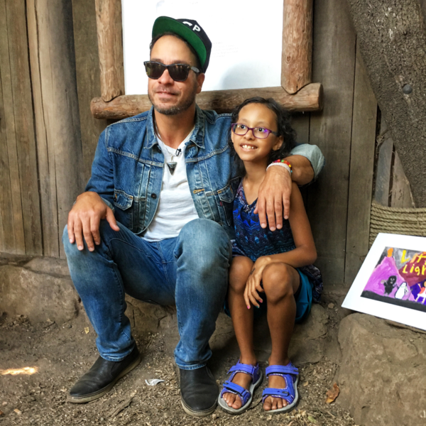 Amos Lee with Maya at the Woodland Park Zoo.