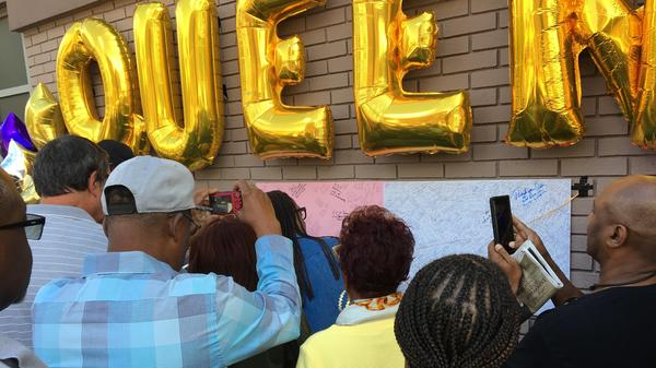 """Fans of Aretha Franklin left messages on poster board outside of the New Bethel Baptist Church where the late """"Queen of Soul"""" lay in repose."""