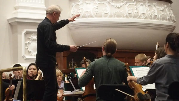 Minnesota Orchestra Music Director Osmo Vänskä leads an afternoon rehearsal in Cape Town, South Africa, before the first concert of its five-city South African tour, Aug. 10, 2018.