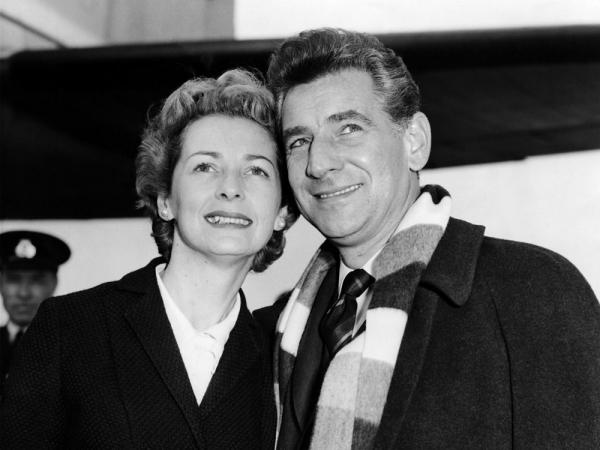 Leonard Bernstein and his wife, actress Felicia Montealegre, on tour with the New York Philharmonic in London, 1959.