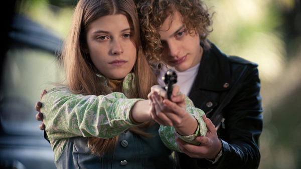 Carlos (Lorezno Ferro) and Marisol (Malena Villa) take aim in <em>El Angel</em>.