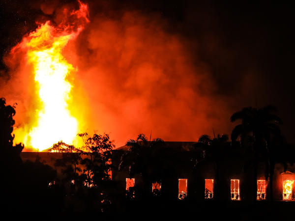 A fire burned Sunday at the National Museum in Rio de Janeiro.