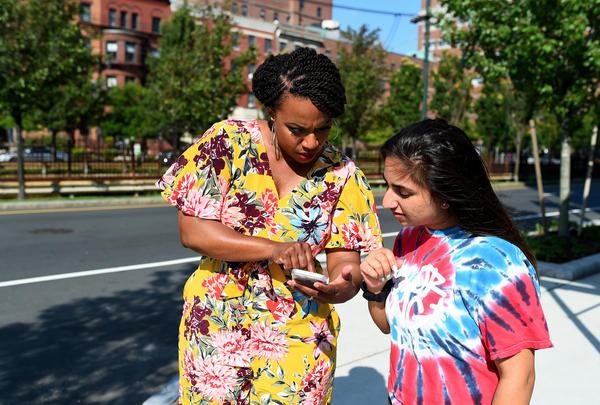 Back on Commonwealth Avenue, New Jersey resident and incoming Boston University freshman Mediha Hussain randomly stops Pressley to ask if she knows how to find the student union. Pressley, who also attended BU, shows her the way.