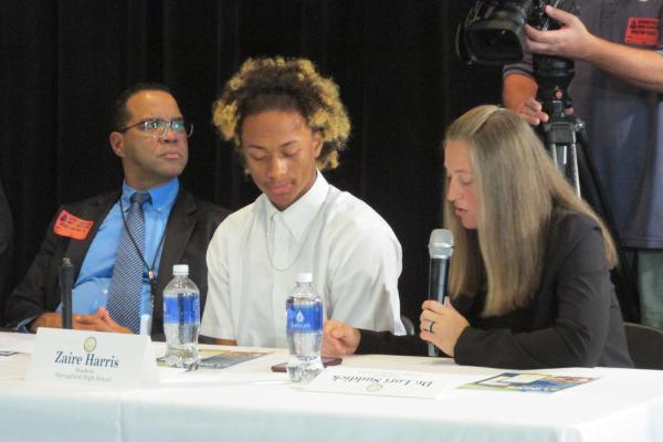 Springfield High School senior Zaire Harris, left, participates in a live demo of the new College2Career app