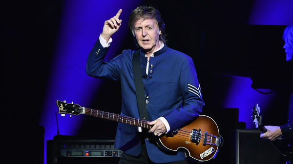Paul McCartney's 18th solo album <em>Egypt Station</em> debuts at No. 1 on the Billboard 200.