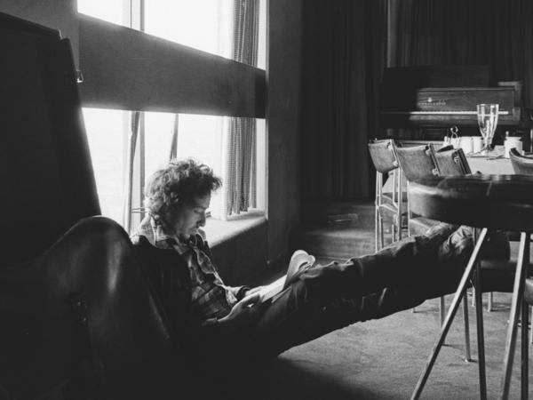 Bob Dylan, pictured in 1974, while working on what would become <em>Blood on the Tracks.</em>