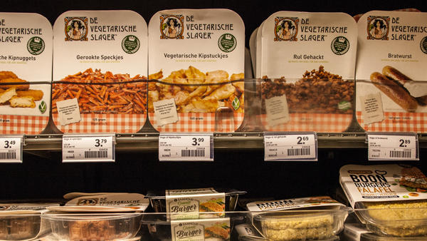 A Dutch supermarket sells meat substitutes from The Vegetarian Butcher. The company's products can be found in stores and restaurants.