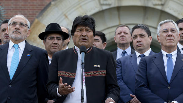 Bolivian President Evo Morales (center) gave a brief statement Monday after the judgment was delivered on a request by Bolivia for judges to order Chile to enter talks over granting its landlocked neighbor access to the Pacific Ocean.