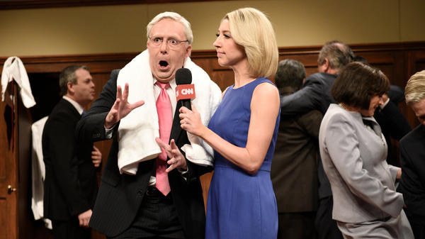 Beck Bennett as Sen. Mitch McConnell, Heidi Gardner as Dana Bash on <em>Saturday Night Live</em> on Saturday.