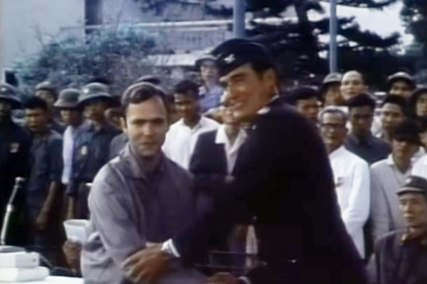 A screenshot from a film documenting the March 4, 1973, release of Navy Lt. Robert Wideman and other American prisoners of the Vietnam War.