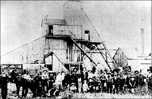 A mine and camp in southeast Kansas, circa 1904.