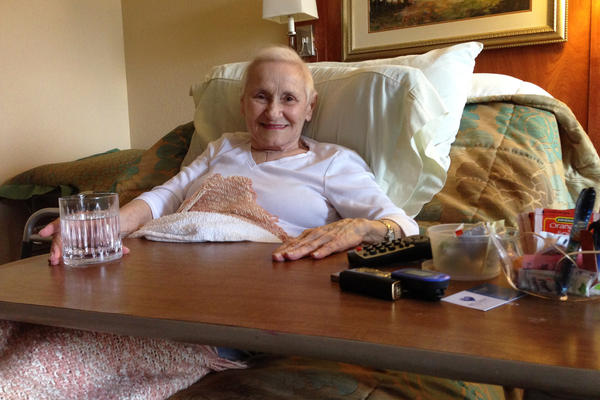 Jeanette Mariani landed in a Dallas rehabilitation facility after she fell and broke her hip last October. She died a month after leaving the hospital.