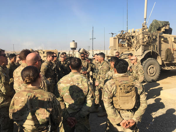 Lt. Gen. Stephen Townsend meets with U.S. forces in Mosul, Iraq.