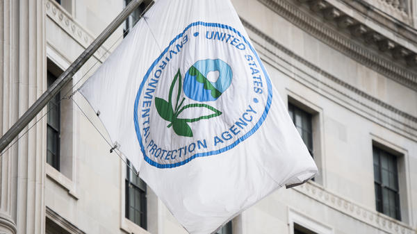 The Environmental Protection Agency have been hard-pressed to find any advocates for rolling back regulations in an online public comment forum.