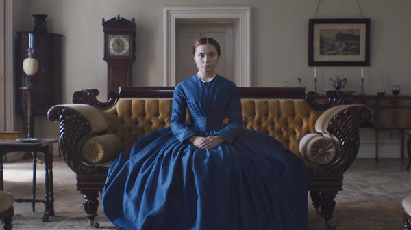 Katharine (Florence Pugh) is mesmerizing as she seethes in <em>Lady Macbeth.</em>