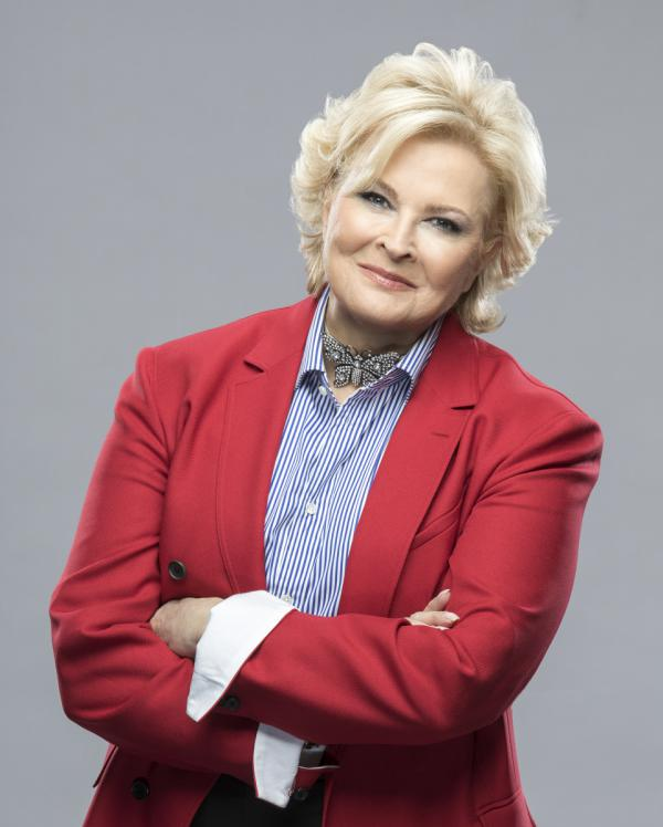 Candice Bergen won five Emmys for her role in <em>Murphy Brown</em>. After 20 years, the series returns to CBS this fall.