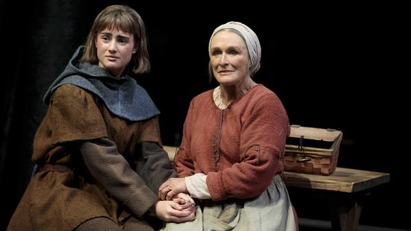 Glenn Close plays Isabelle (right), the mother of Joan of Arc (left, played by Grace van Patten), in the play <em>Mother of the Maid.</em>