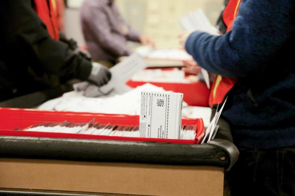 <p>Staff countballots at the Multnomah County Elections Office in Portland, Ore. on Nov. 6, 2018.</p>