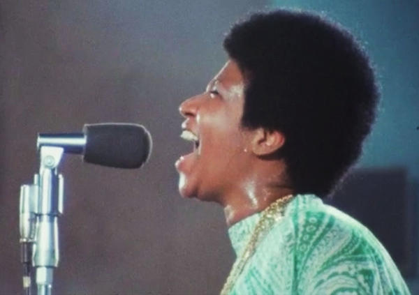 Singer Aretha Franklin in a still from the documentary <em>Amazing Grace</em>.