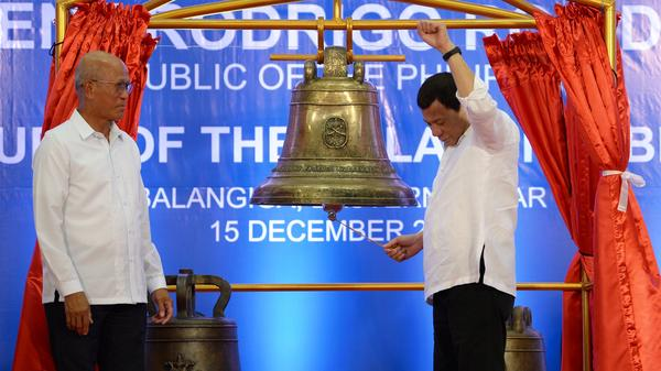 Philippines President Rodrigo Duterte, widely praised among Filipinos for raising the profile of the Balangiga bells with the Americans, tolls one of the three returned. Saturday¹s ceremony marked the first time the bells have been rung in the city in 117 years, when their pealing signaled an attack on occupying U.S. forces.