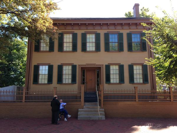 The Lincoln Home National Historic Site in Springfield remains closed to the public as the partial federal government shutdown nears its second full week.