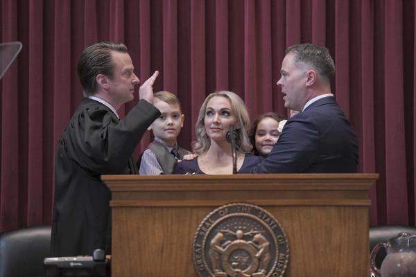 Judge Jack Goodman, left, swears in Elijah Haahr as speaker of the Missouri House on Jan. 9, 2019.