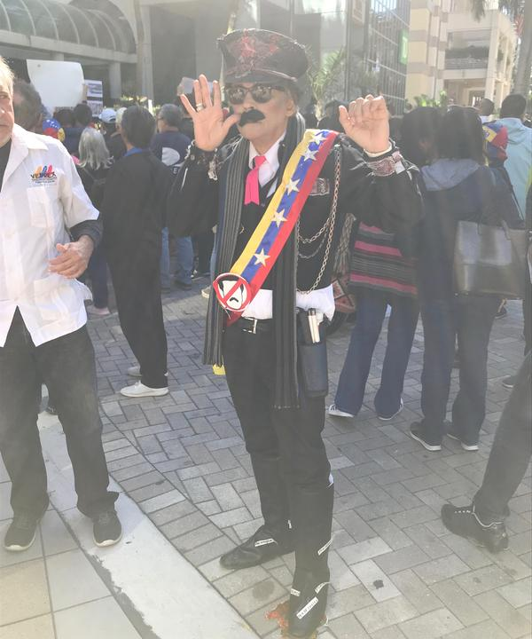 Alexis Rivero mocked Maduro at the rally by impersonating him.