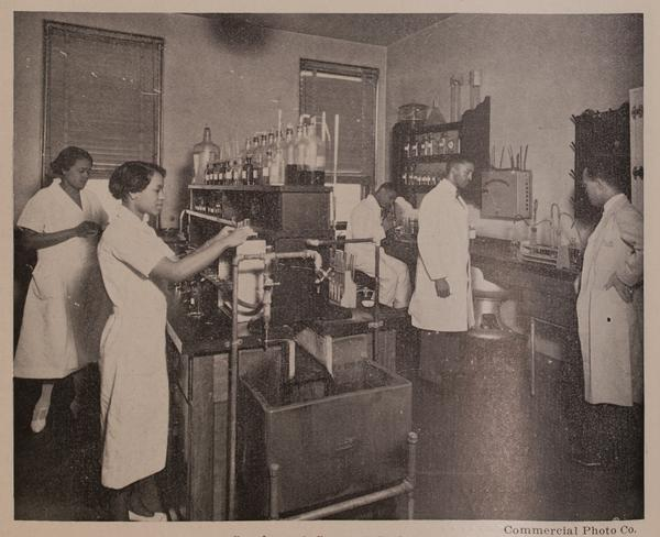 Doctors and nurses at work in Kansas City's General Hospital No. 2 in the 1930s.