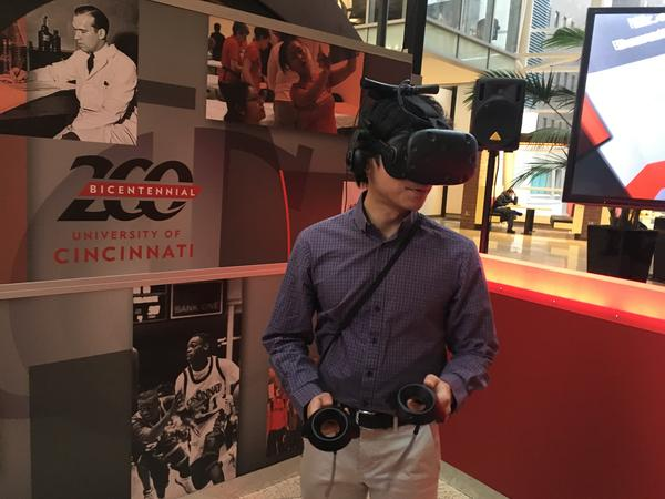 Mark Lim tries out UC's VR vignettes to commemorate the university's bicentennial.