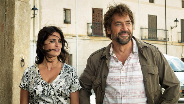 Penélope Cruz stars as Laura and Javier Bardem as Paco in Asghar Farhadi's <em>Everybody Knows</em>.