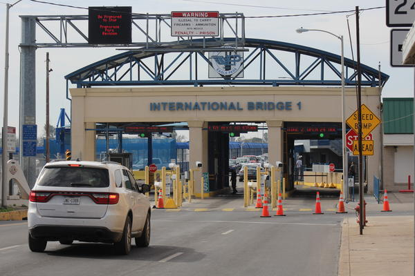 Eagle Pass residents report longer waits to cross the border because of recently intensified security measures