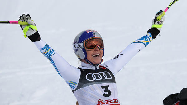 Lindsey Vonn competes during the FIS World Ski Championships Women's Downhill on Sunday in Are, Sweden.