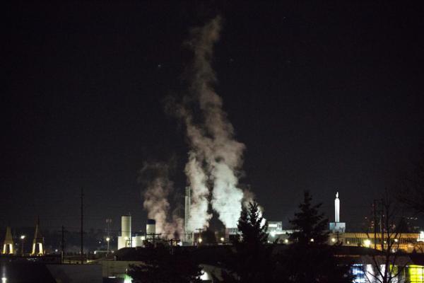 <p>Steam rises from the Darigold facility in Portland, Oregon, Thursday, Feb. 7, 2019.</p>
