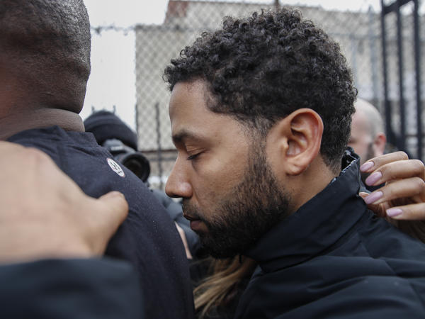 Jussie Smollett leaves the Cook County Jail following his release Thursday in Chicago. Smollett was charged with filling a false police report after he said he was attacked by two men who shouted racist and anti-gay slurs.
