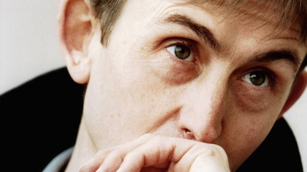 Mark Hollis, photographed in 1998, the year his self-titled solo album was released. The singer and songwriter died in February 2019.