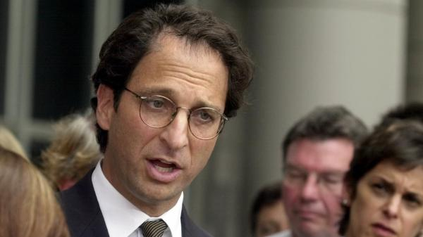 Justice Department prosecutor Andrew Weissmann during the Arthur Andersen trial in Houston in 2002. The legal veteran, whose latest post was with the special counsel's office, is stepping down.