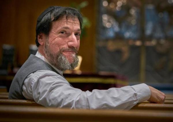 Rabbi Jon-Jay Tilsen of Congregation Beth El-Keser Israel says food isn't kosher if you have to cross a picket line to get it.