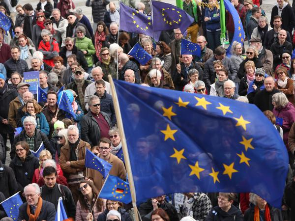 Pro-European Union demonstrators march in Berlin on March 31.